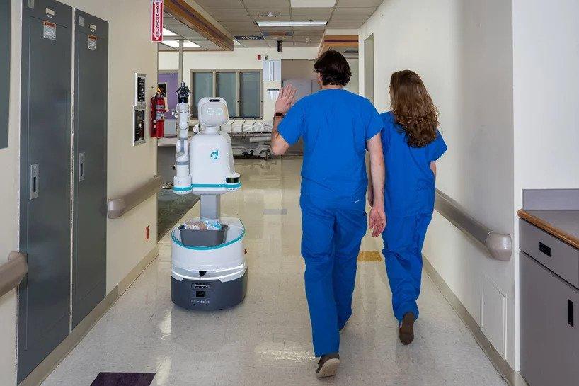 بالصور| يمكن للروبوتات المساعدة إنقاذ ezgif-7-bd6cb50b4e7a