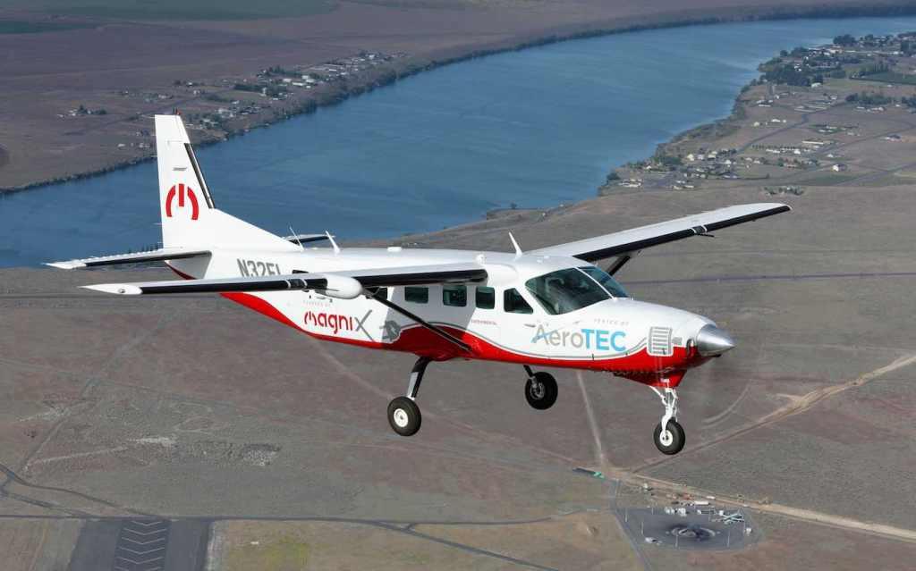 """لأول مرة: طائرة ركّاب """"كهربائية"""" تحلق فوق واشنطن لمدة 30 دقيقة"""